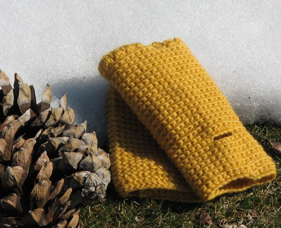 Fingerless gloves - wrist warmer - Winter accessories - wool - mustard yellow