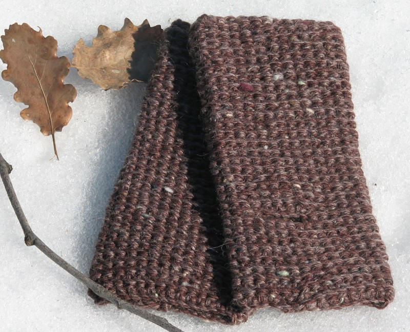 Fingerless gloves - wrist warmer - chestnut brown - wool
